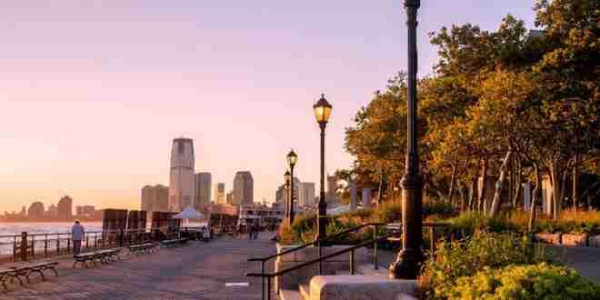Battery Park al tramonto