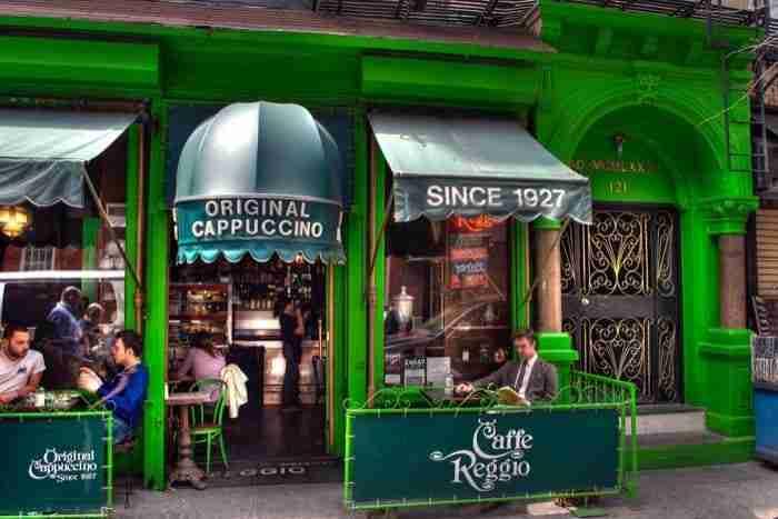 Il famoso Caffè Reggio a New York