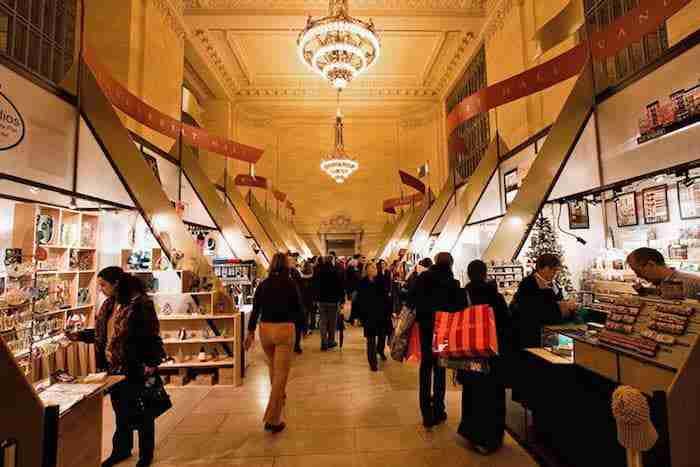 Mercatino di Natale alla Grand Central Terminal, New York