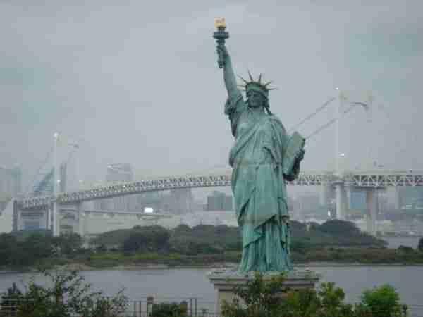 La Statua della Libertà di Tokyo