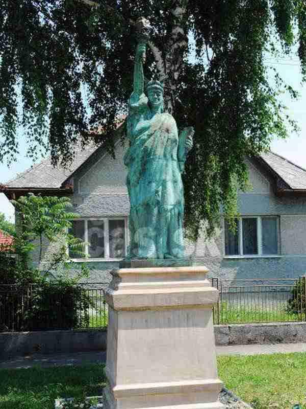 La Statua che si trova in Slovacchia