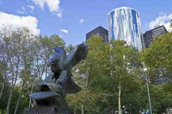 Battery Park commemora i marinai morti nella seconda guerra mondiale