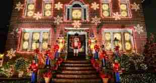 Le luci di Natale delle case di Dyker Heights