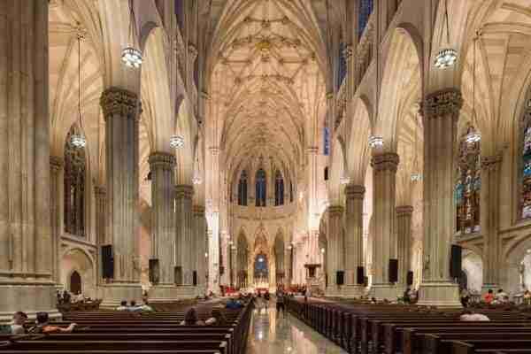 Interno della Saint Patrick\'s Cathedral