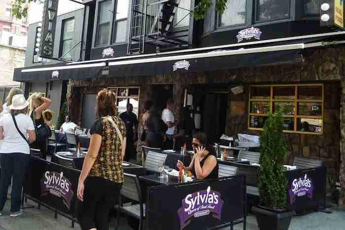 Sylvia's è il ristorante più famoso di Harlem
