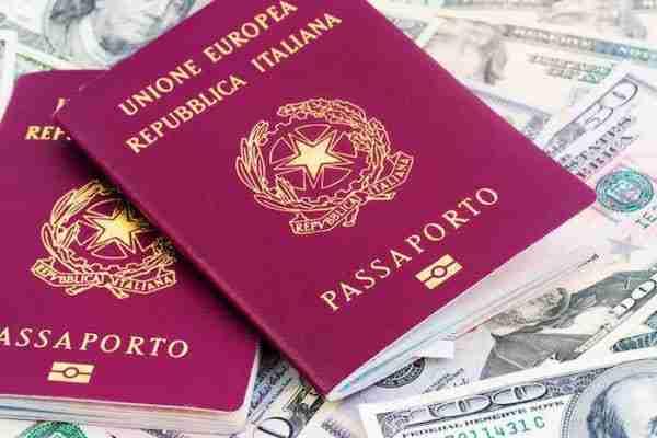 Passaporto per gli USA e info sull'Esta